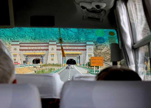 How to get to Lhasa City from the Airport?